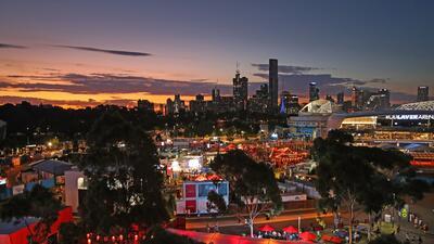 Postales del Abierto de Australia: los grandes triunfan en medio del colorido de la fiesta