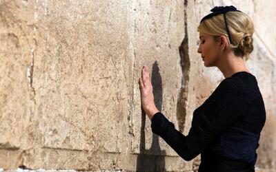 Así fue la visita de Ivanka y Melania Trump al Muro de los Lamentos