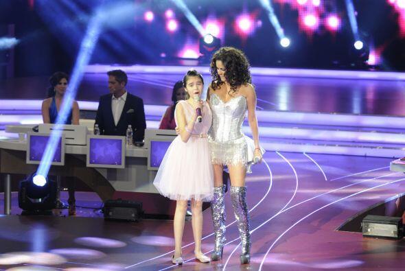 Este fue un dueto magnífico pues las dos potentes voces de las cantantes...
