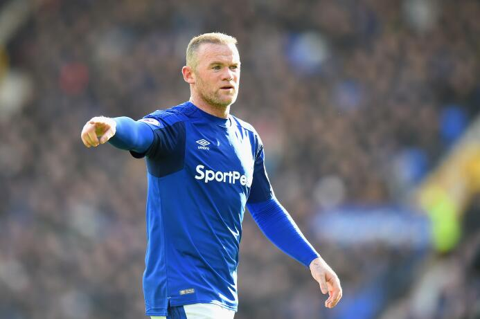 (2004) Wayne Rooney: se lo dieron por el final de su primera etapa en el...
