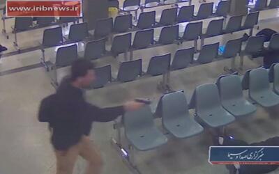 Vídeo muestra el momento en que los atacantes entraron en el parlamento...