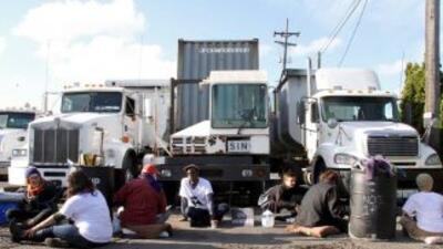 Los accesos al centro de detención de Tacoma estuvieron bloqueados desde...