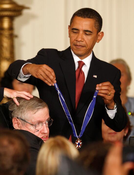 El presidente Barack Obama le condedió en 2009 la Medalla a la Li...