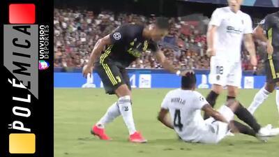 ¿Mereció Cristiano Ronaldo ser expulsado ante el Valencia? | LA POLÉMICA