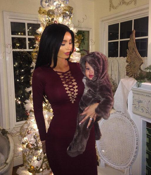 Sarah Stage con su bebé
