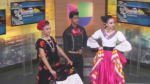 Con bailes también se conmemora a los difuntos durante el Día de Muertos