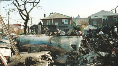 Se conmemoran 17 años del trágico accidente aéreo que cobró la vida de 265 vidas en Nueva York