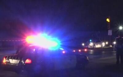 Una mujer murió al ser atropellada mientras cruzaba por una intersección...