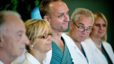 El equipo médico a cargo de la proeza, encabezado por Mats Brannstrom.