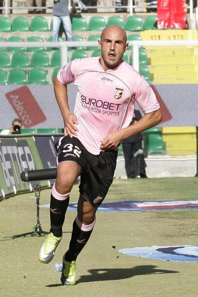 Y Massimo Maccarone dio cifras definitivas con el 2-2.