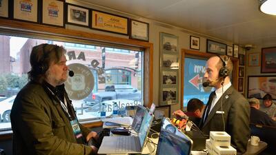 Steve Bannon entrevista a Stephen Miller