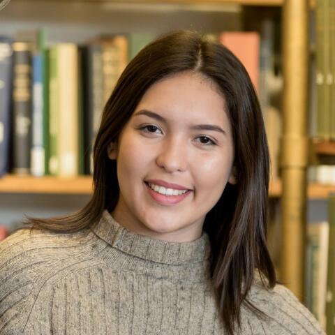 Isabella Armas