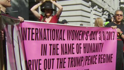 Cientos de personas marcharon en San Francisco por el Día Internacional...