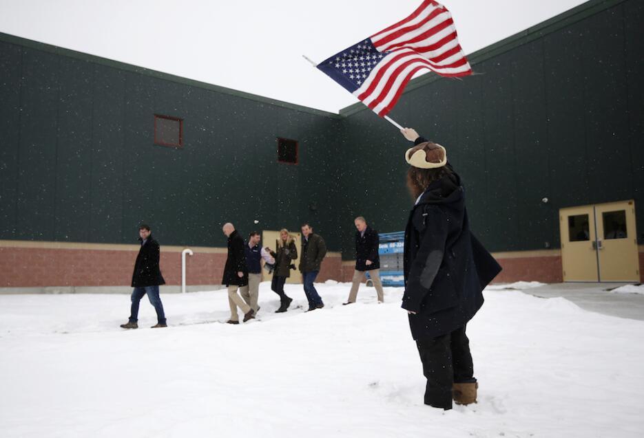 Primarias bajo la nieve en New Hampshire seguidor-cruz.jpg