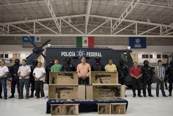 En el 2007, líderes del cartel rival Beltrán Leyva lo cort...