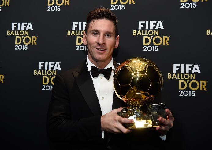 Los cambios de 'look' de Lionel Messi, de promesa hasta superestrella 20...