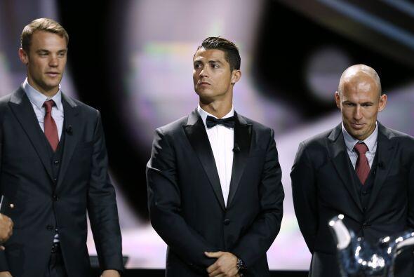 Luego vino la esperada pero predecible elección de mejor jugador. Neuer,...