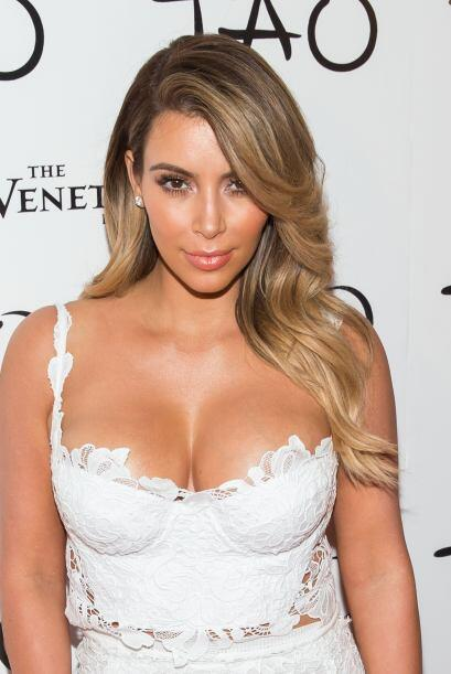 A mediados de año la Kardashian decidió volver a ser rubia. Tal vez se a...