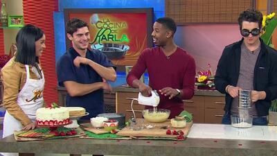 Zac Efron, Milles Telles y Michael B. Jordan en la cocina de Karla en De...