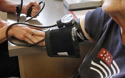 Hasta ahora, uno de cada tres estadounidenses sufría de hipertens...