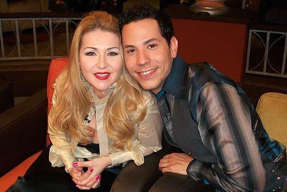 Alicia Villarreal y Christian Chávez visitan al Don para hablar de sus v...