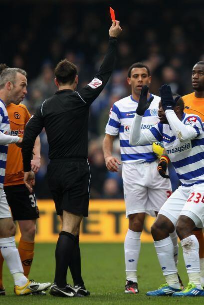 La nota negativa del juego fue la tarjeta roja del delantero francés Cis...