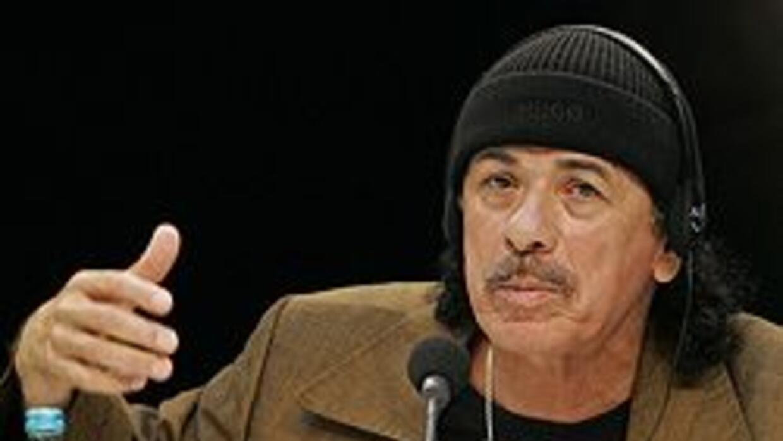 Carlos Santana y Willie Nelson graban disco con tema a favor de los inmi...