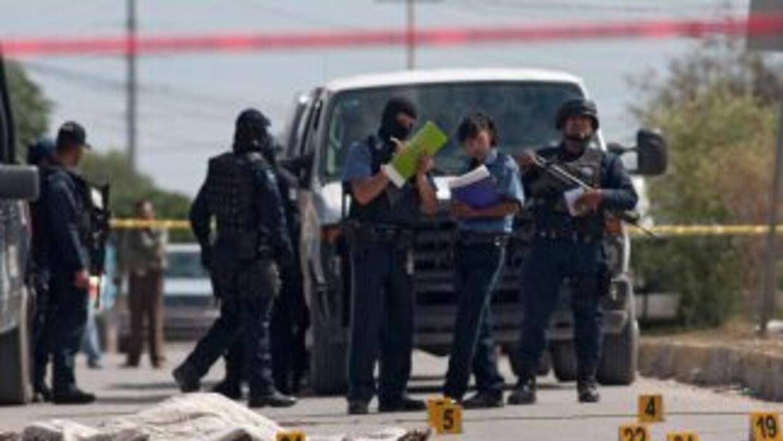 Con más de 50 tiros, un grupo de sicarios asesinó al jefe de una comisar...