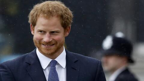 El príncipe Harry pide que dejen de hostigar a su novia