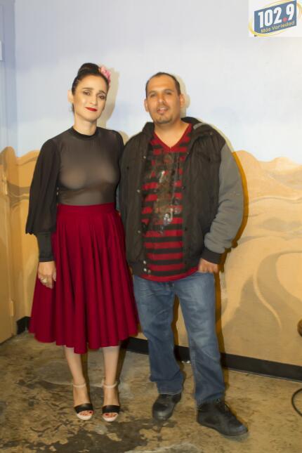 Una noche con Julieta Venegas y 102.9 Más Variedad Julieta Venengas-3.jpg