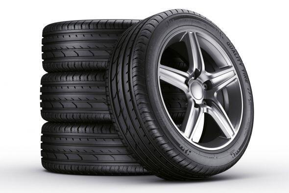 Neumáticos para el coche. Abril es también el mes ideal para obtener a u...