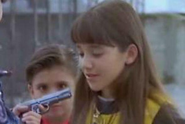 """Dio vida a """"Elisa"""", una niña de diez años que se aisló en su mundo antes..."""