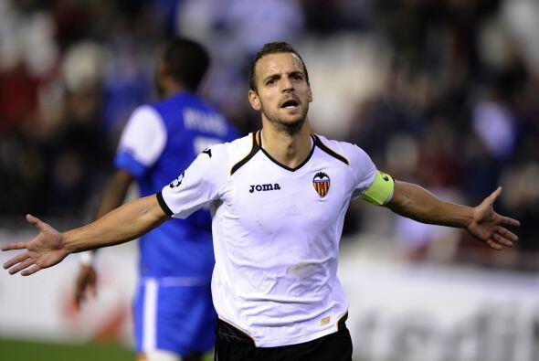Soldado marcó tres goles, demostrando que es el hombre más eficaz del Va...