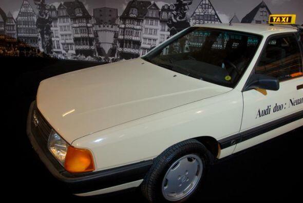 Taxi Audi Duo Prototype 1991 La constante del tráfico en las grandes ciu...