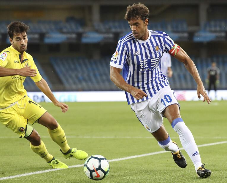 Con Carlos Vela, La Real Sociedad venció por goleada al Villarreal 63639...