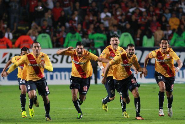 En el Apertura 2013, Morelia conquistó por primera ocasión en su histori...