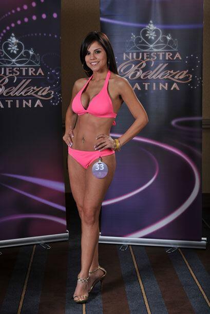 Cynthia Piña tiene 26 años, es originaria de México y asistente administ...