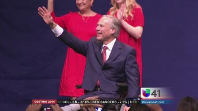 Greg Abbott festeja su triunfo desde Austin