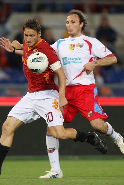 Finalmente, elegimos a un defensor de la Serie A italiana, Giovanni Marc...