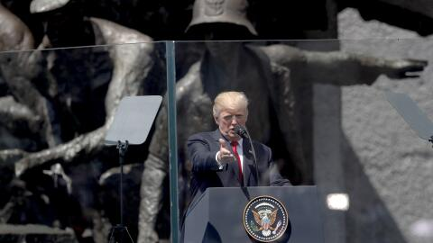 Donald Trump, durante su discurso en Krasinski Square, en Varsovia, Polo...