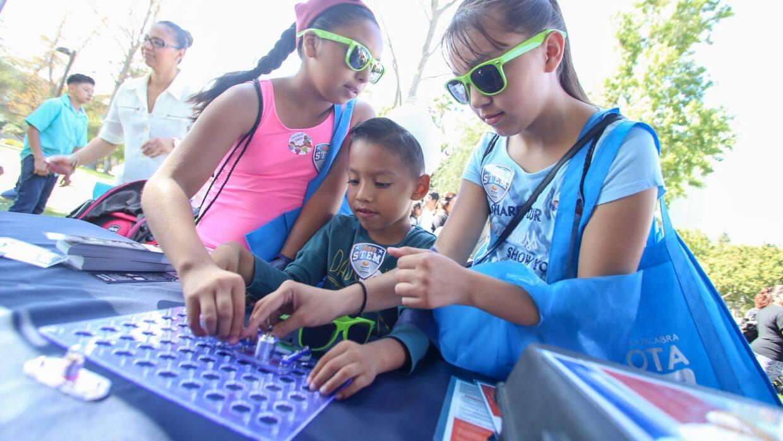 Los eventos son una oportunidad para que los niños se diviertan aprendie...