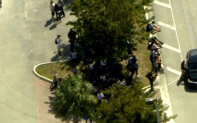 Autoridades recibieron una falsa amenaza de explosivos en Miami Dade Col...