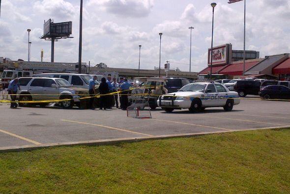 Y un posible robo de auto terminó con la vida de un hombre y dejó a otro...