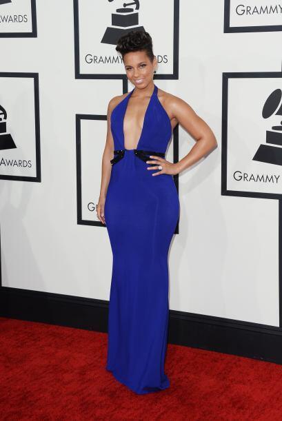 Si de escotes se trató, el de Alicia Keys fue uno de los mejores de la n...