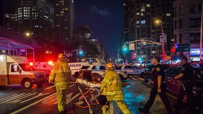 Imágenes tras la explosión en un bote de basura en Chelsea, Manhattan
