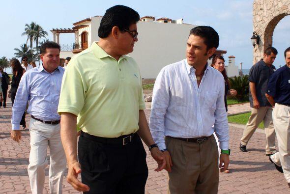 De manera sorpresiva, el Gobernador del Estado de Sinaloa, Mario López V...