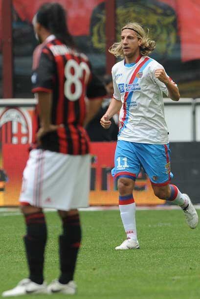 Otro partido de suma importancia era el choque entre Milan y Catania que...