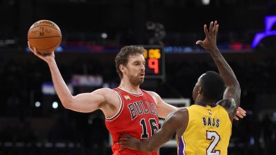 Chicago venció 114-91 a Los Ángeles Lakers