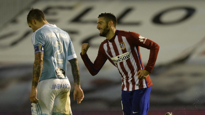 Atlético gana y lidera tras primera vuelta