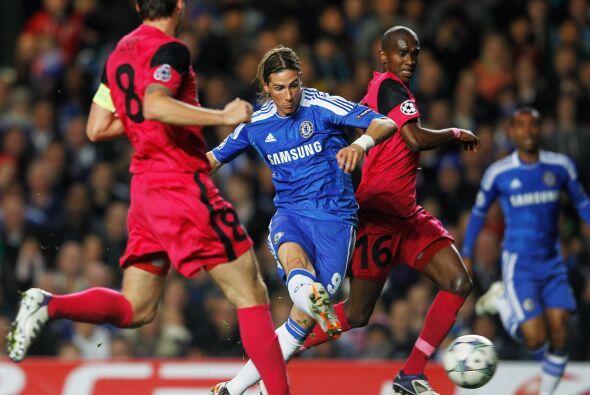 Chelsea siguió a su ritmo y pudo haber marcado otro, pero Torres no pudo...